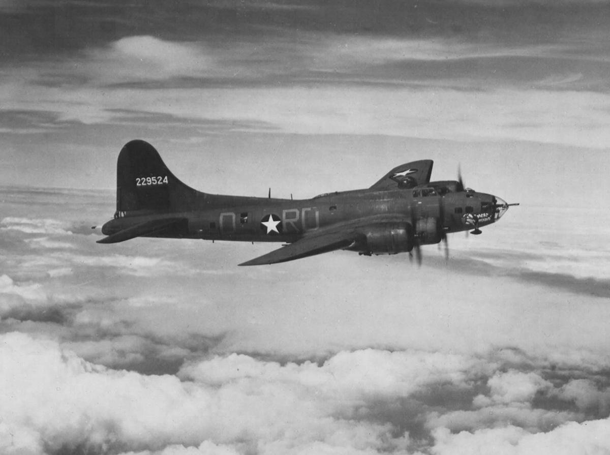 B-17 #42-29524 / Meat Hound