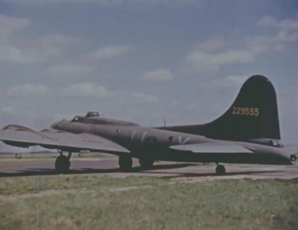 B-17 #42-29555 / Centaur