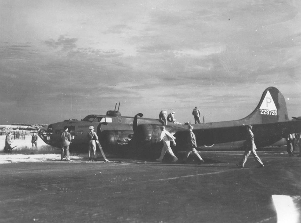 B-17 #42-29728 / El Rauncho