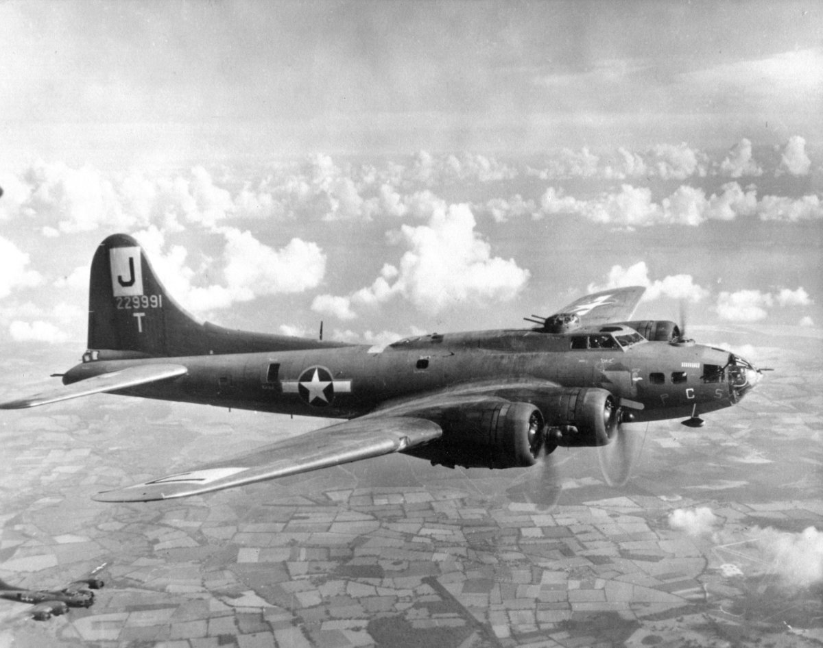 B-17 #42-29991 / Patches aka We'll Never Know