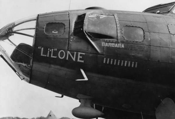 B-17 #42-30213 / Li'l One