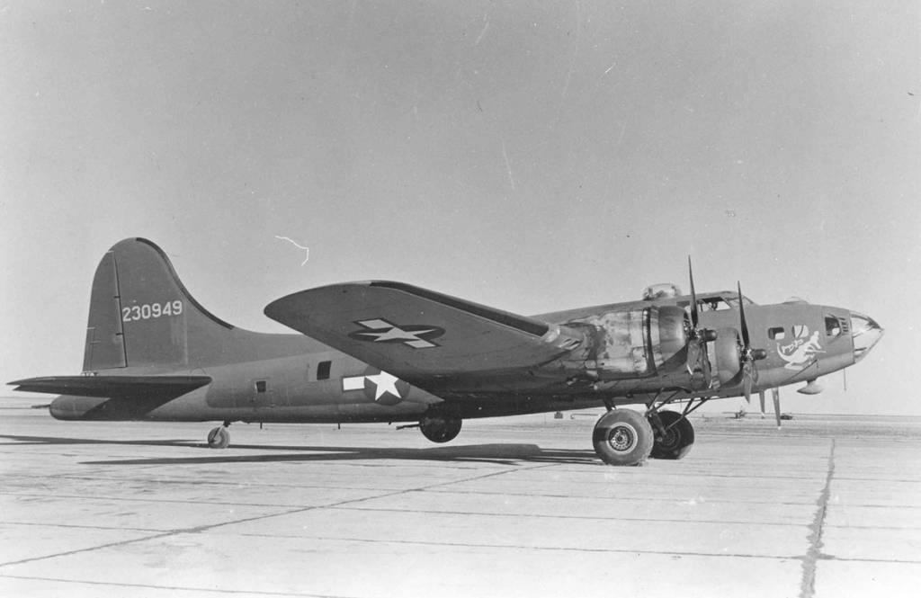 B-17 #42-30949 / Jumpin' Jive