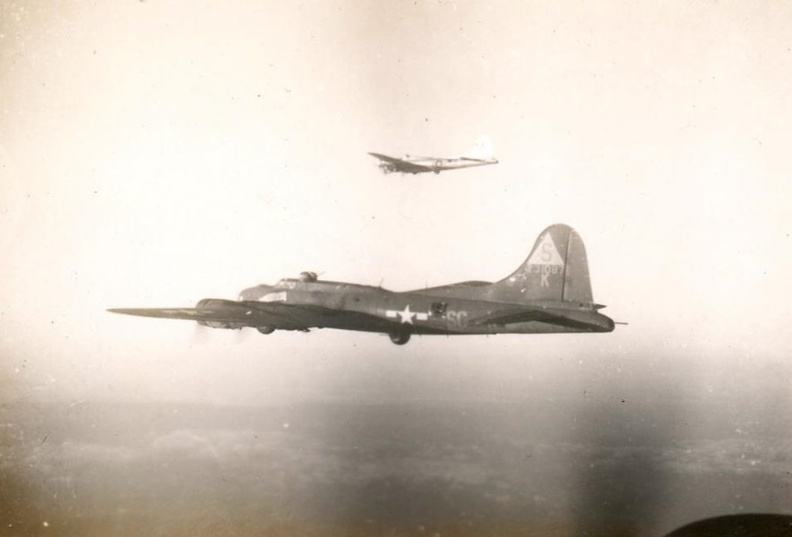 B-17 #42-31087 'Boche Buster' aka 'Heaven Can Wait'