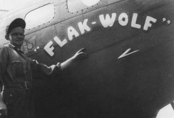 B-17 #42-3131 / Winnie the Pooh aka Flak Wolf