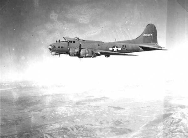 B-17 #42-31607 / Rose Olive