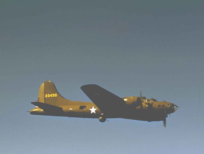 B-17 #42-3430 / Carolina Boomerang