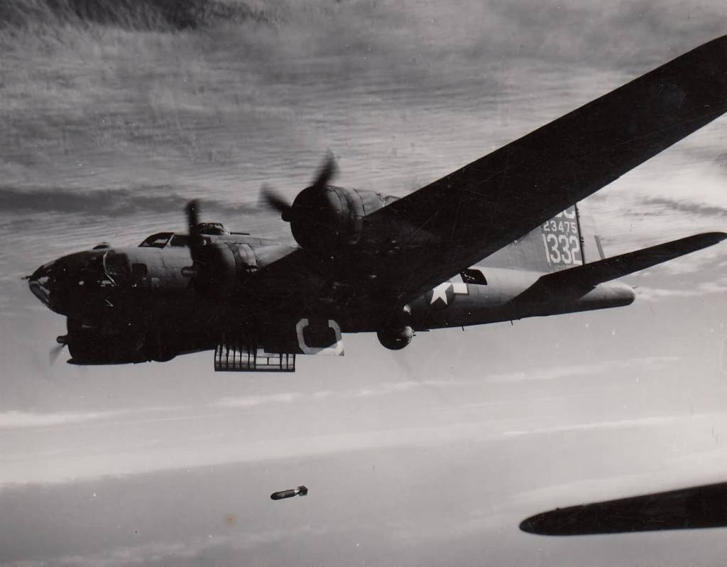 B-17 #42-3475
