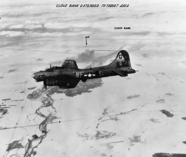 B-17 #42-39843 / Daley's Male