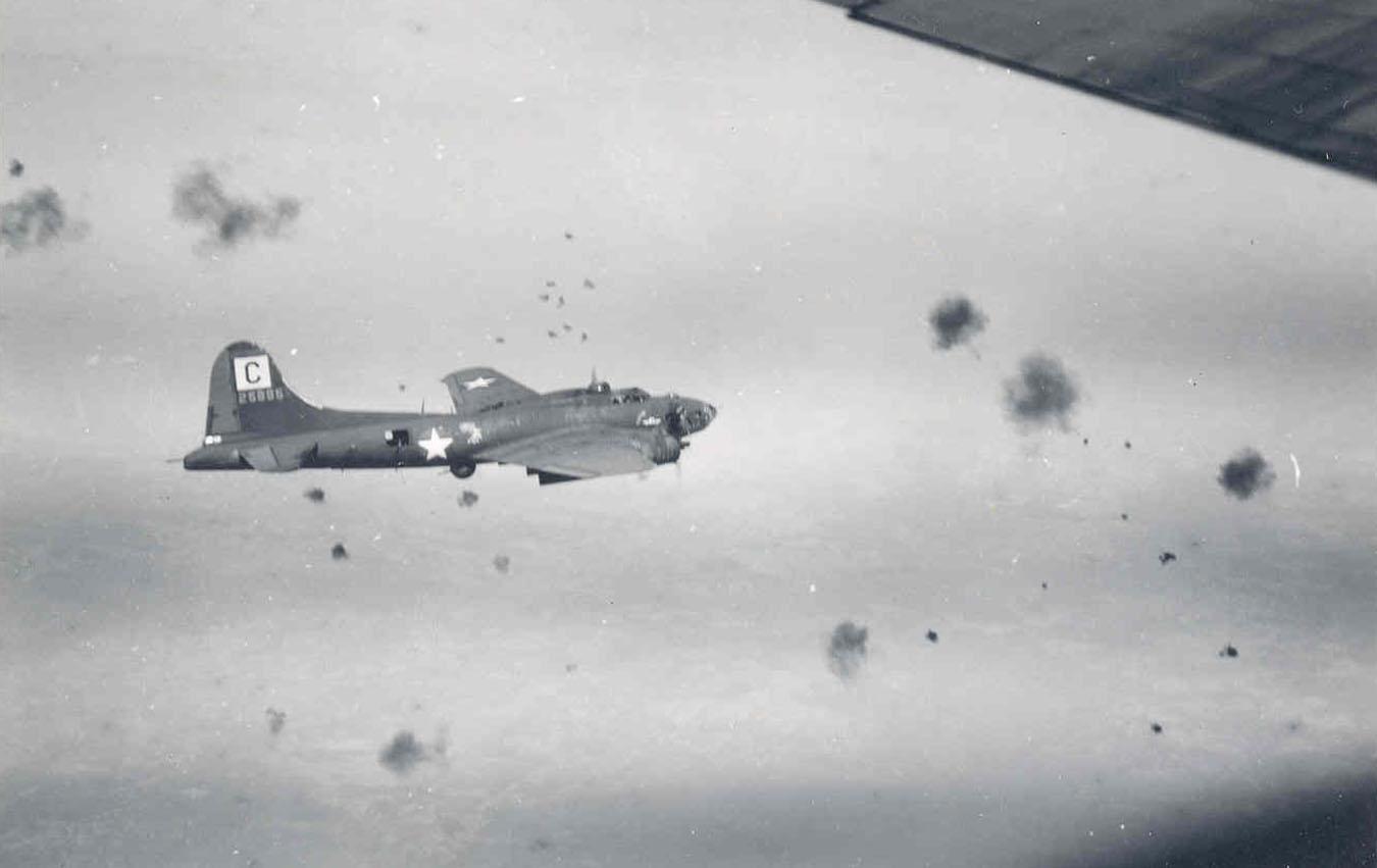 B-17 42-5885