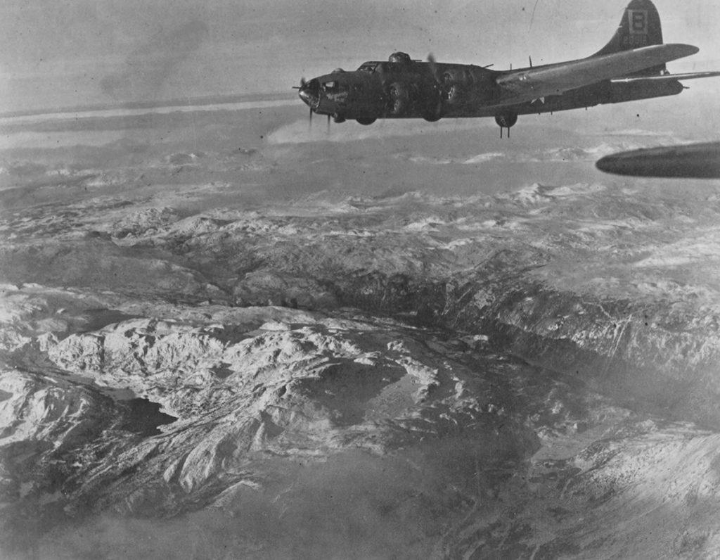 B-17F #42-5918 / Heavenly Daze