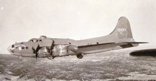 B-17 #42-5293 / Ole Sad Sack