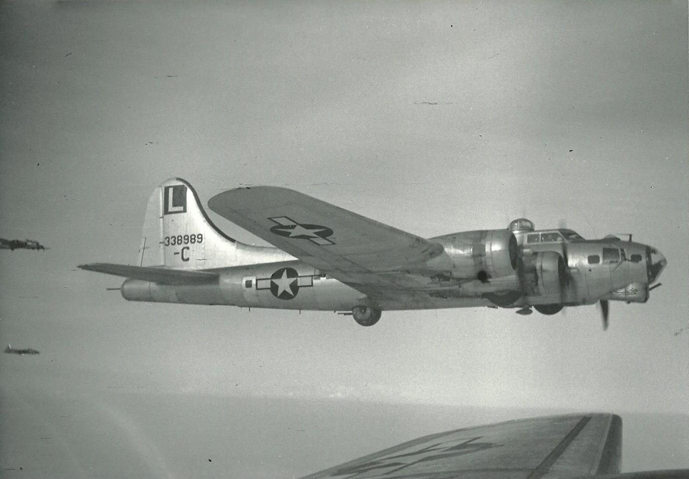 B-17 43-38989