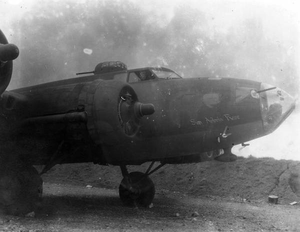 B-17 #41-24458 / San Antonio Rose