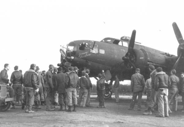 B-17 #41-24539 / Jersey Bounce