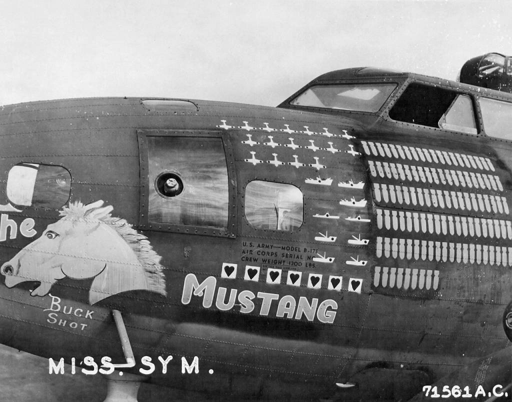 B-17 #41-24554 / Lady Luck aka The Mustang