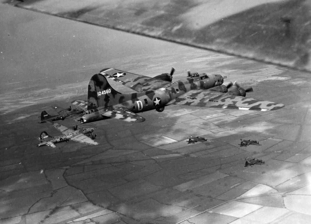 B-17 #41-24560 / Little Audrey