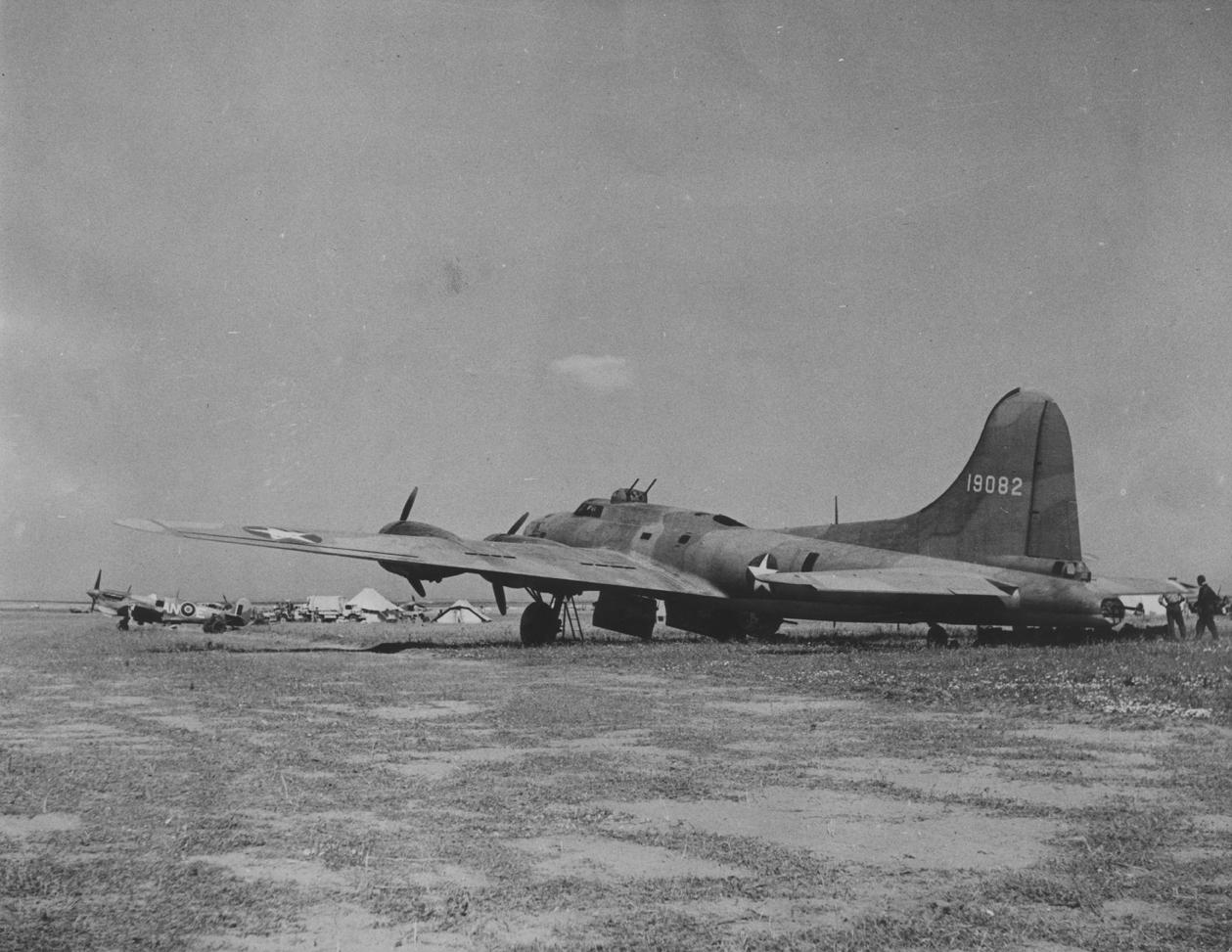 B-17 #41-9082