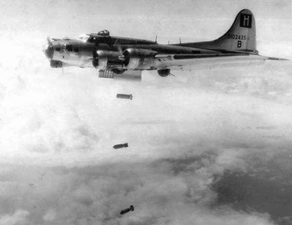 B-17 #42-102435 / Double Wallop
