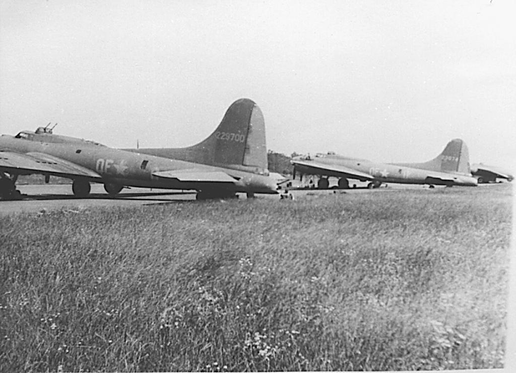B-17 #42-29700 / Jimmy Boy