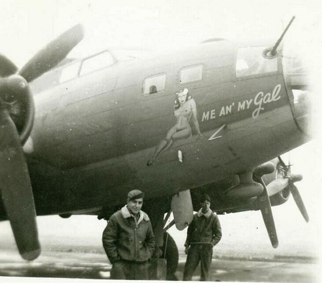 B-17 #42-29800 / Me and My Gal