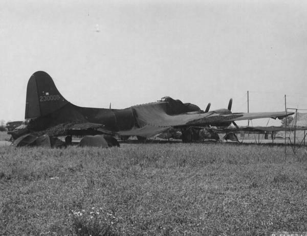 B-17 #42-30008 / Ready Teddy
