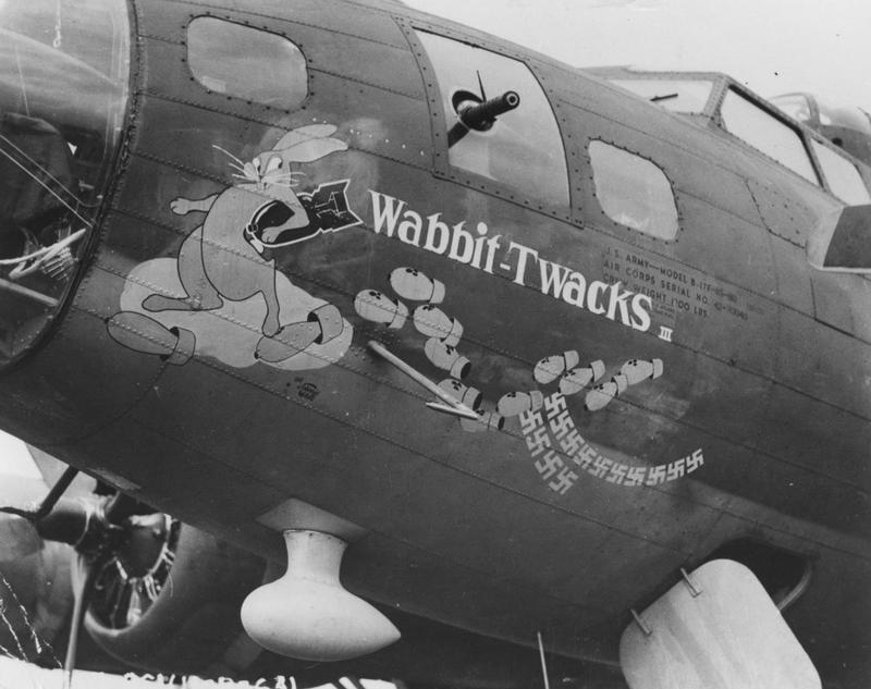 B-17 #42-30040 / Picadilly Commando aka Wabbit-Twacks III