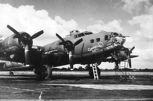 B-17 #42-30674 / Destiny's Tot aka Cincinnati Queen aka Kathy Jane III