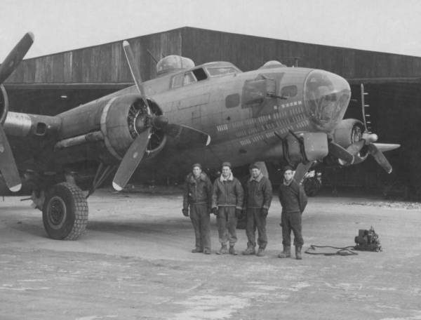 B-17 #42-31591 / Homesick Angel