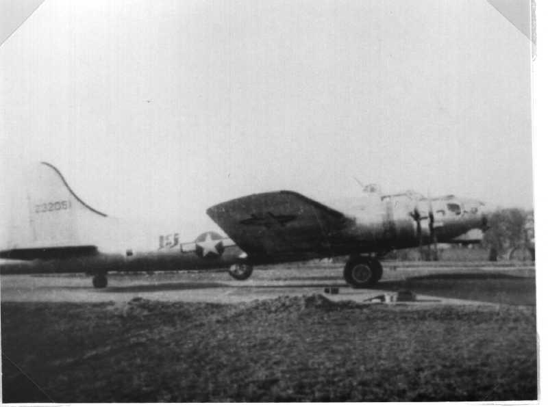B-17 #42-32051 / Lady Luck