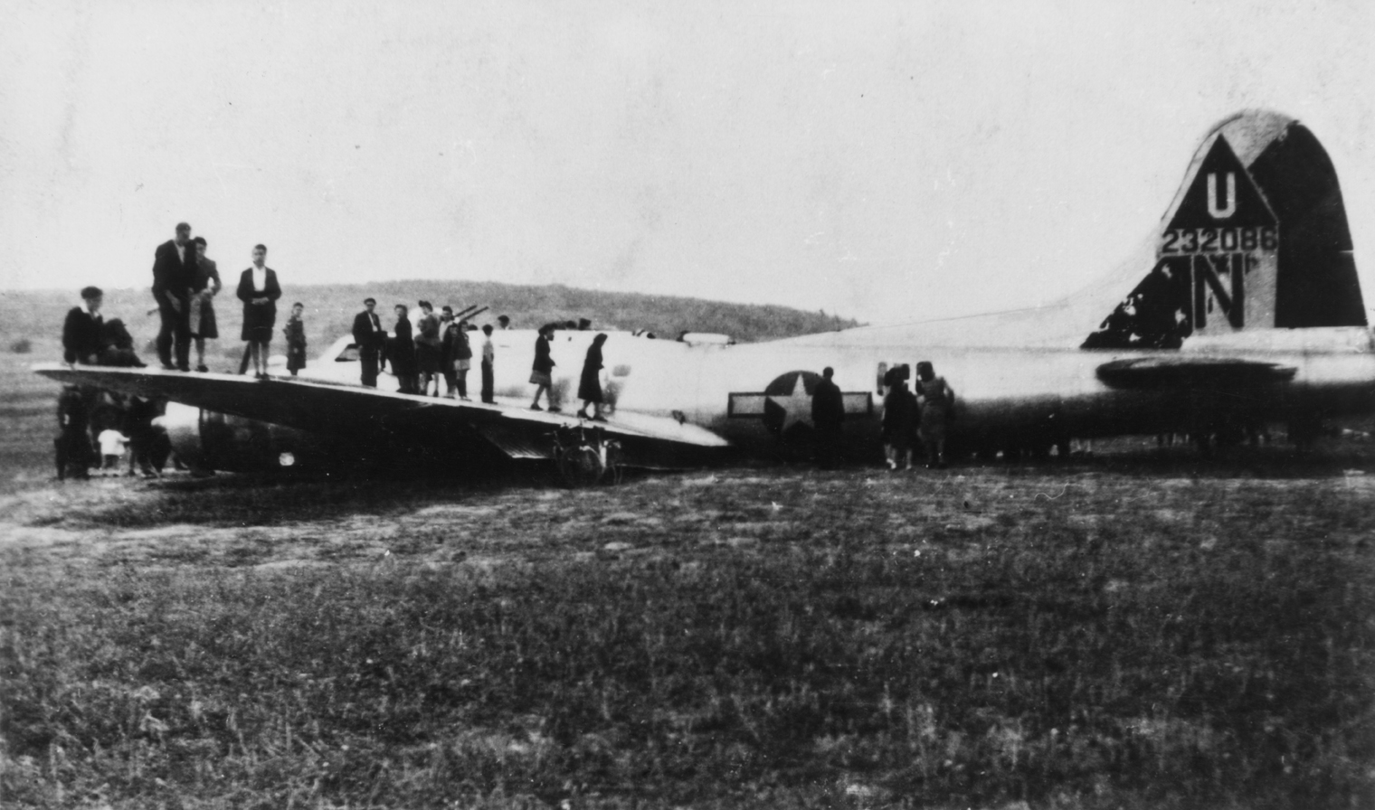 B-17 #42-32086 / You Never Know