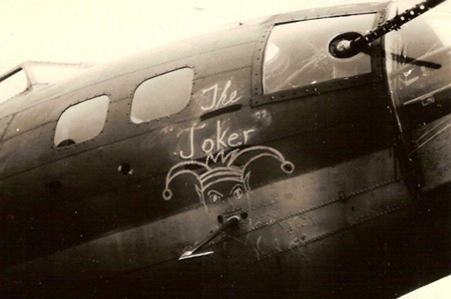 B-17 #42-3216 / The Joker