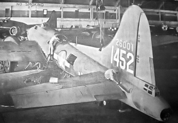 B-17 #42-6001