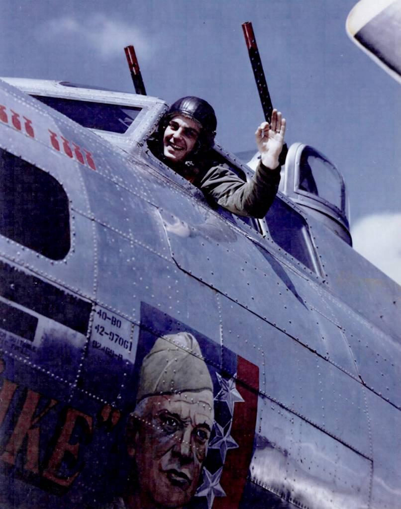 B-17 #42-97061 / General Ike