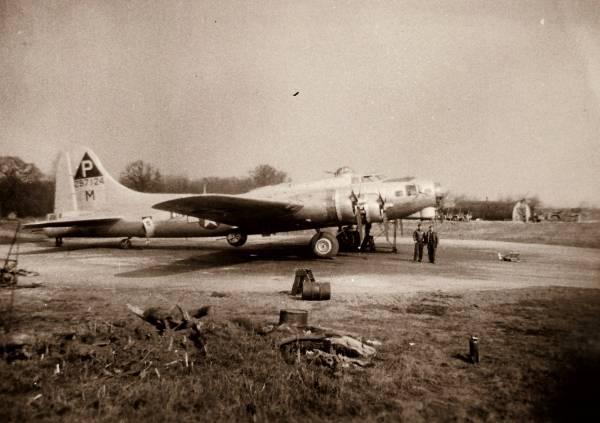 B-17 #42-97124 / The Joker