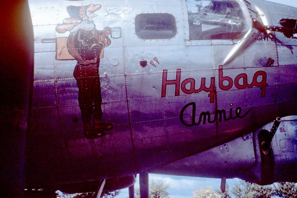 B-17 #42-97280 / Haybag Annie