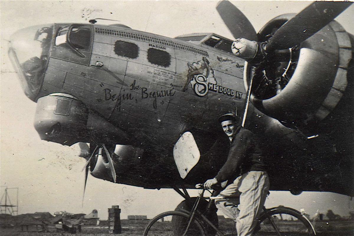 B-17 #42-97323 / Begin the Beguine- She Dood It