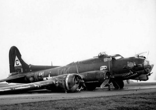 B-17 #42-97557 'Mercys Madhouse'