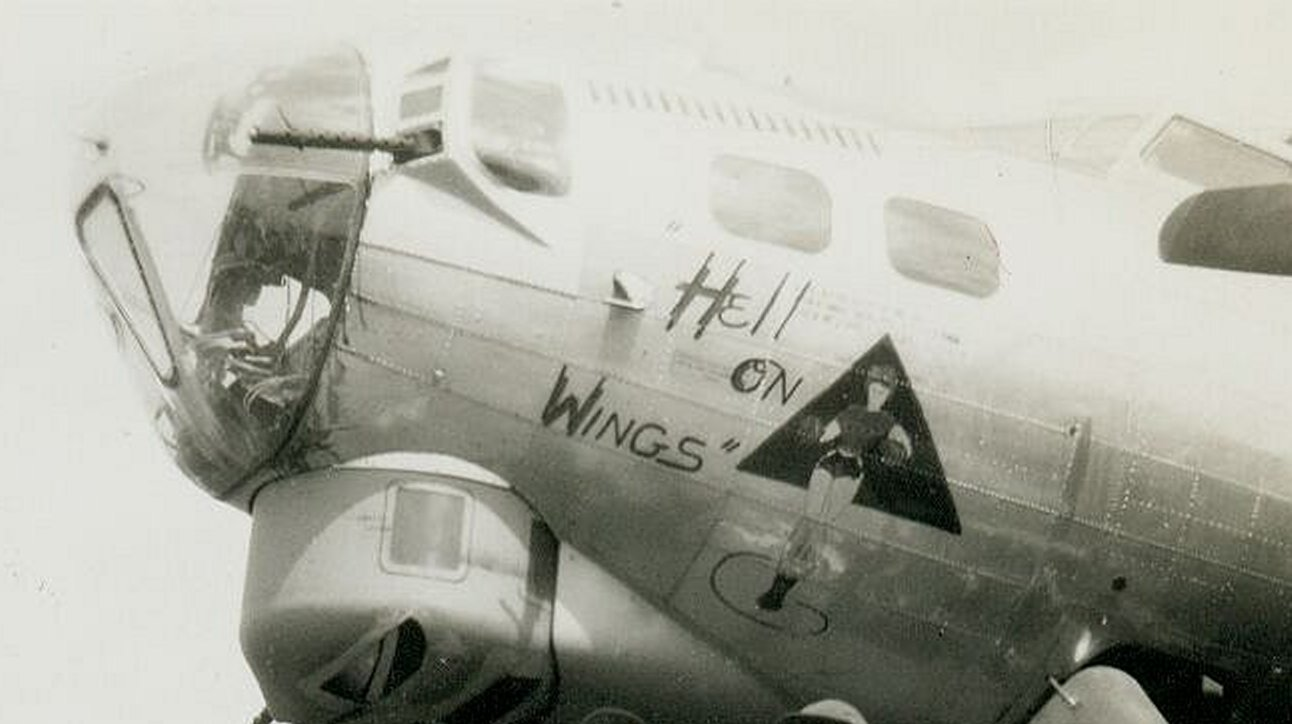 B-17 #42-97948 / Hell on Wheels