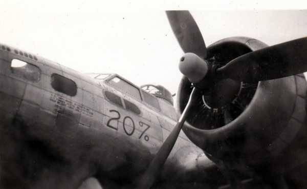 B-17 #43-37975 / Just F/O 20%