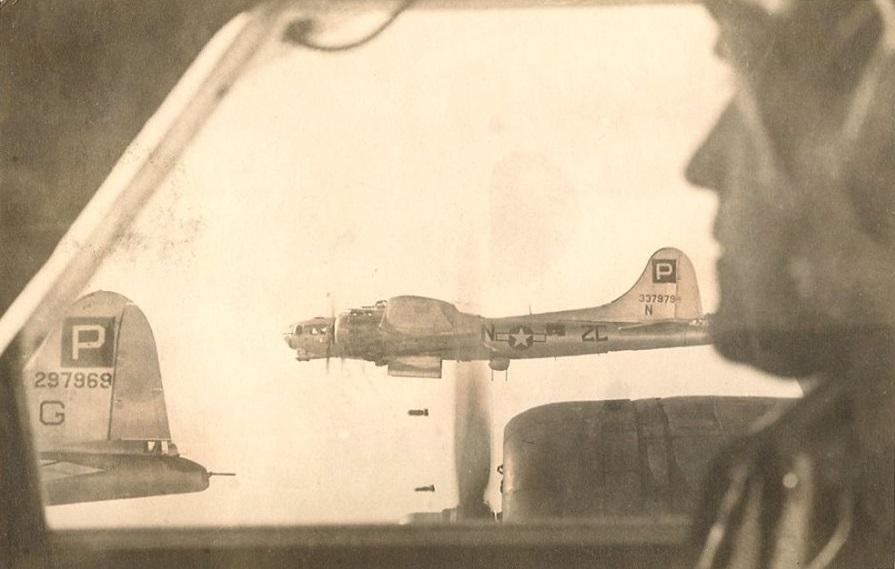 B-17 #43-37979