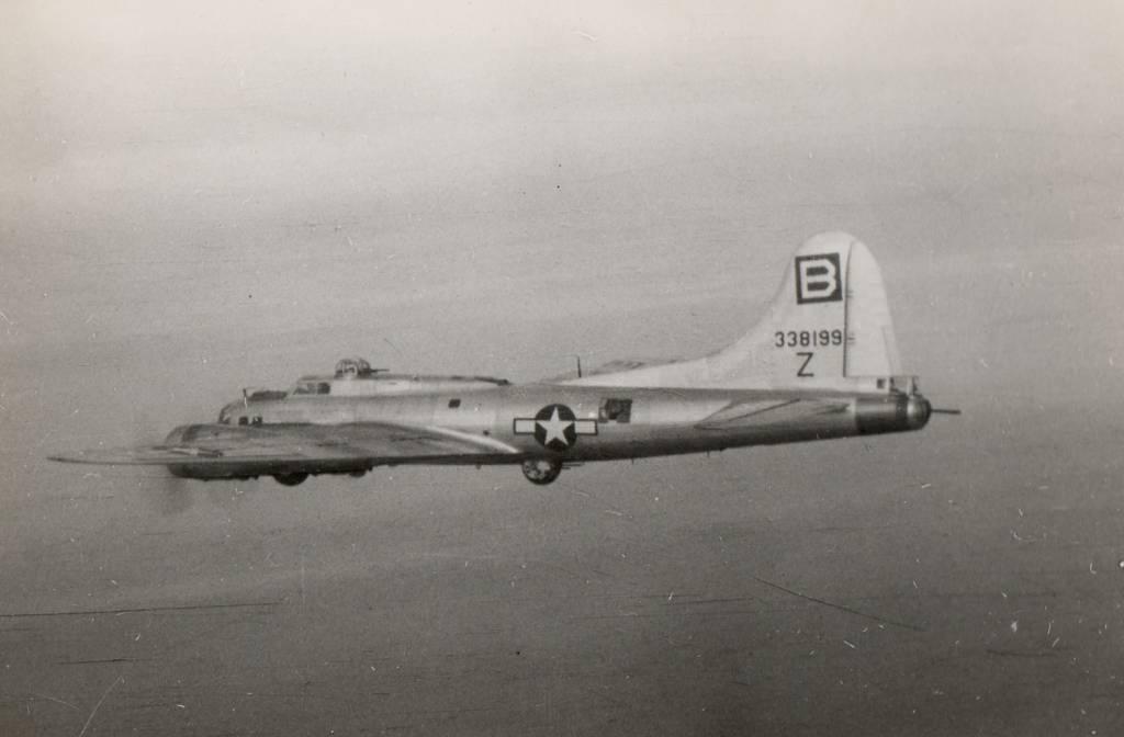 B-17 #43-38199 / Easy Going