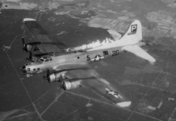 B-17 #44-8702 / Forever Amber