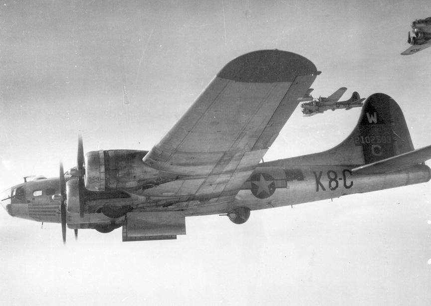 B-17 #42-102593 / Vonnie