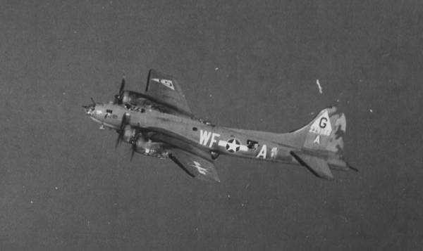 B-17 #42-29988 / Lucifer Jr. aka The Uncouth Bastard
