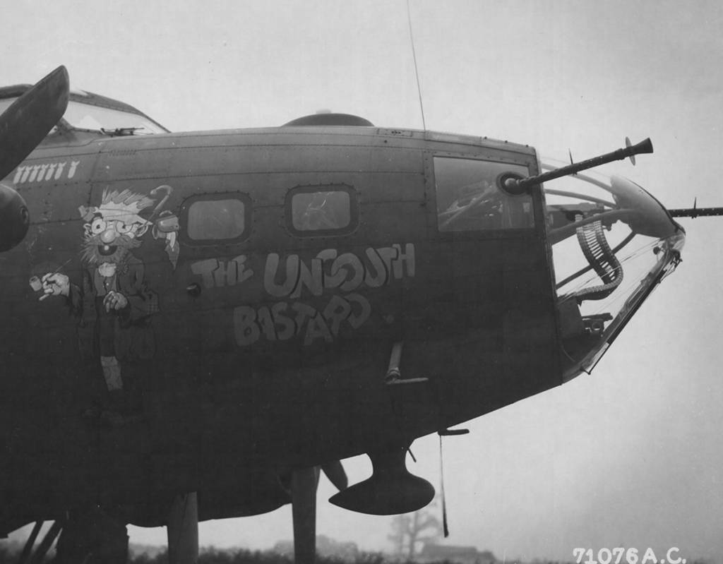 B-17 42-29988 Noseart - Foto aufgenommen am 13. Oktober 1943.
