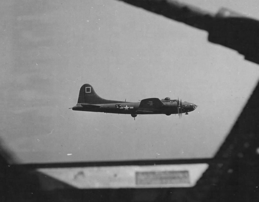 B-17 #42-30127