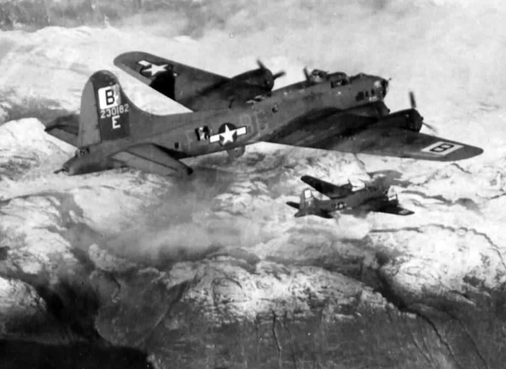 B-17F #42-30182 / Blondie II