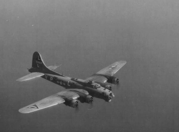 B-17 #42-31614 / Minnie the Mermaid