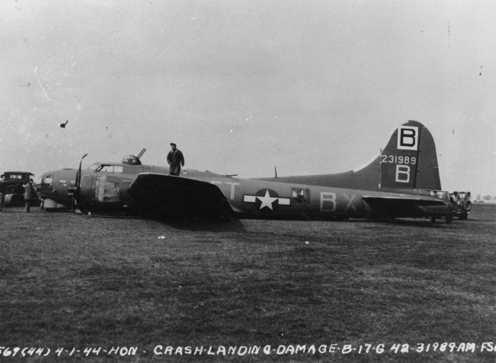 B-17 #42-31989 / Black Magic