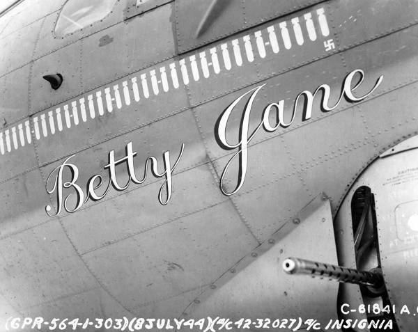 B-17 #42-32027 / Betty Jane